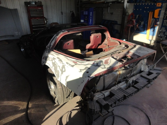 17235.jpg112 before lt qtr stripped paint